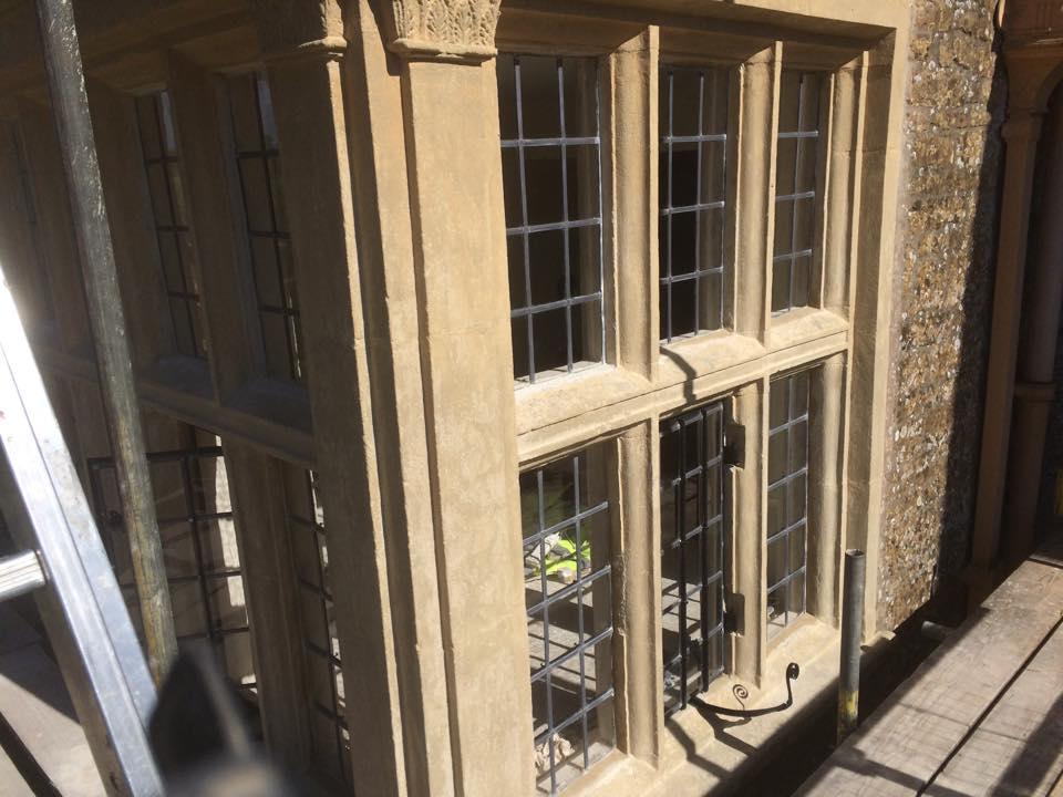 Stone mullion window repairs dorset for Wood replacement windows manufacturers